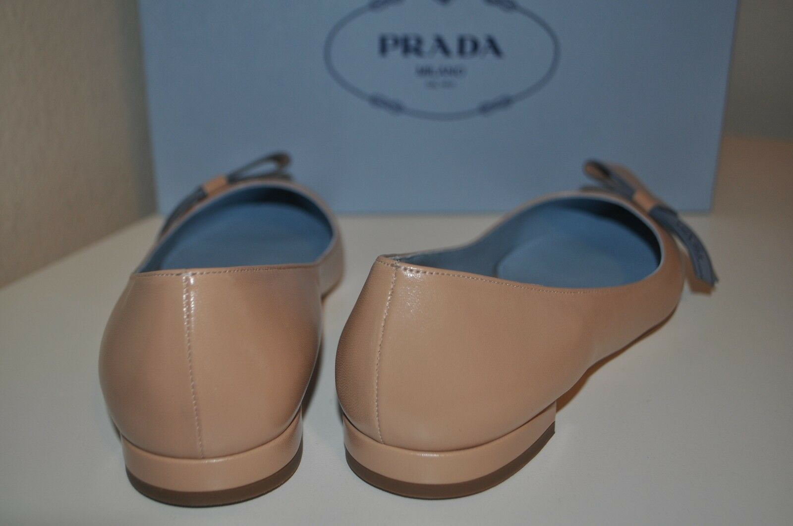NIB  710+ PRADA Logo Bow Nude Nude Nude Leather Skimmer Pointy Toe Flat shoes 36.5 - 6 US 1214b3