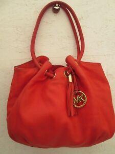 2ce85b4ec6 Authentique, magnifique sac à main MICHAEL KORS cuir bag à sasir | eBay