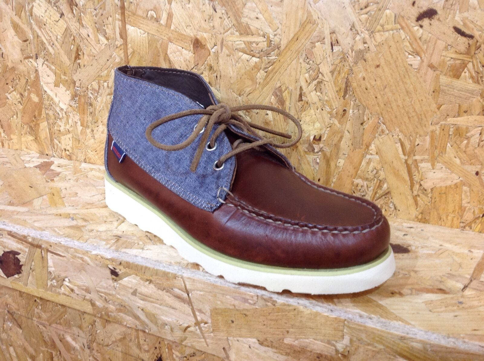 New Sebago Beacon Brown Deck Shoes