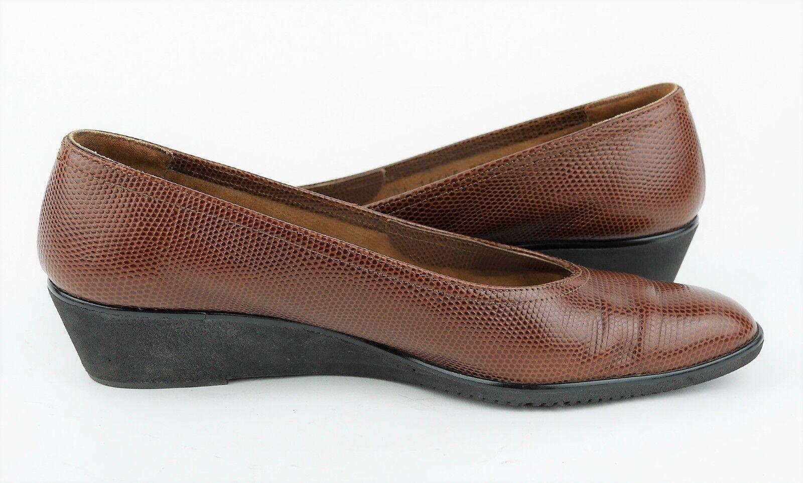 SALVATORE FERRAGAMO BOUTIQUE Sz 8.5 - braun Pebbled Pebbled Pebbled Leather Low Heel Pumps schuhe fc5cf7