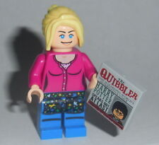 HARRY POTTER #21P Lego Luna Lovegood Pink w/quibbler Custom NEW Genuine Legos