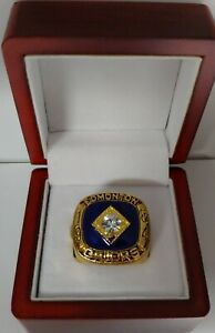 Wayne-Gretzky-1984-Edmonton-Oilers-Stanley-Cup-Hockey-Ring-With-Wooden-Box