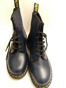 771016d4f7c Details about Dr Martens Doc Martens Mens 8-Eyelet Smooth Leather Boots  Size 11 NAVY BLUE 1460