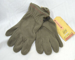 1816 Remington Conductive Touch Screen Compatible Fleece Olive Plush