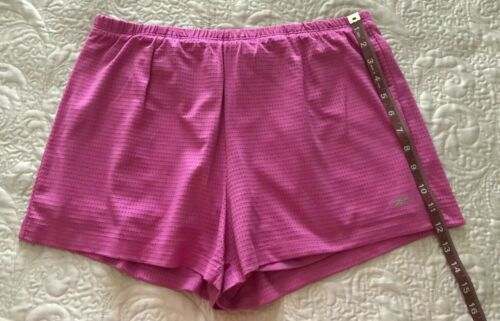 Reebok Women/'s Play Dry Two In One Shorts in Size L s Choice of Color