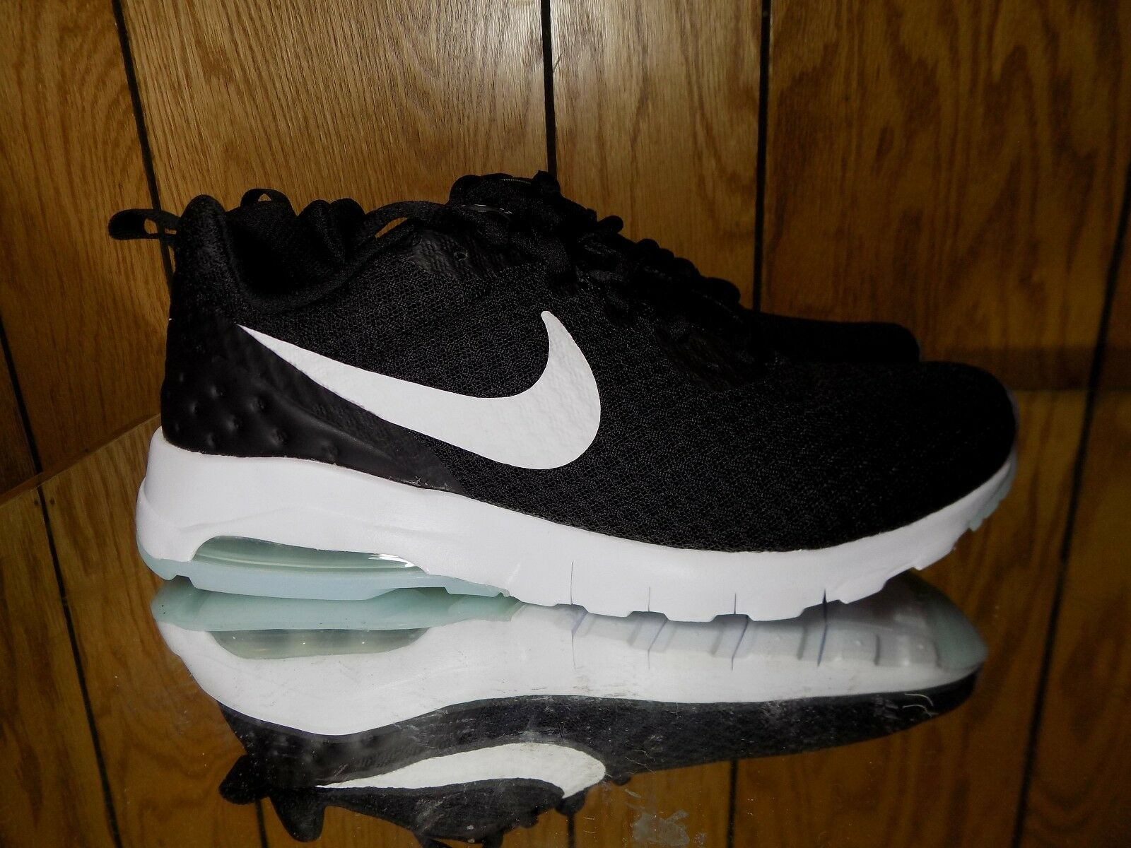 New WMNS NIKE AIR MAX MOTION LW (833662-011) Running Shoes Casual s. 6.5