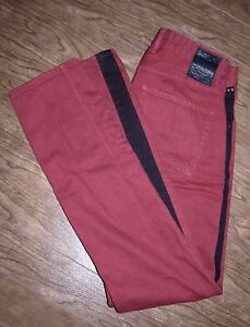 Guess-Size-30-Alameda-Slim-Tapered-Jeans-Wine-with-Black-Vertical-Stripe