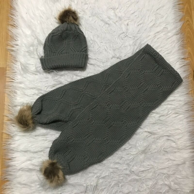Disciplined Rib Knit Hat And Scarf Set