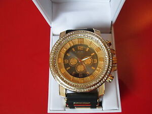 Luxury-Gold-CZ-039-s-on-Silicone-Milano-Watch-10-of-10