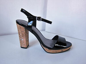 Sandalo cinturino Sandalo nera cinturino Tamaris vernice in con con in vernice nero 747qdw