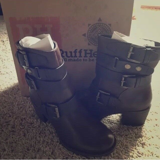 ***NWB Ruff Hewn Brown Leather Ankle Boots 7M ***
