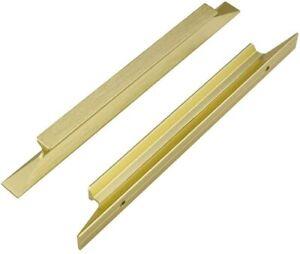 Gold colored 1 14 Diameter 1 Tall. Brass pulls