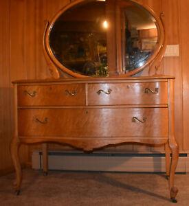 Antique Birdseye Maple 3 Drawer Dresser