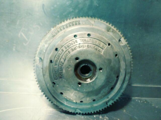 Johnson EVINRUDE Flywheel 581547 1976-1977 85 115 135 HP OMC