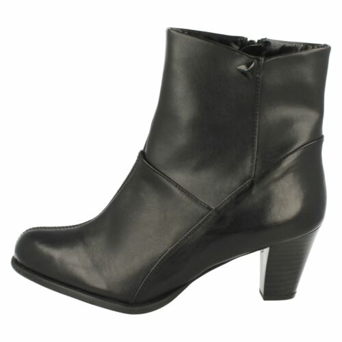 LADIES CLARKS LEASE PARTY BLACK LEATHER ZIP UP SMART FORMAL ANKLE BOOTS UK 6.5 D
