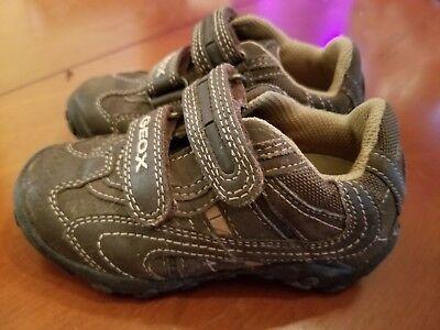 Geox Respira Boys size 8 Brown/Sneakers