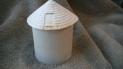 ON30,ON3, MILEPOST MODELS,SMALL WATER TOWER TANK AND ROOF RESIN CAST