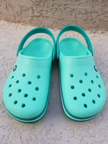 NWT CROCS Crocband Women/'s Clogs Relaxed Fit SELECT SIZE /& COLOR