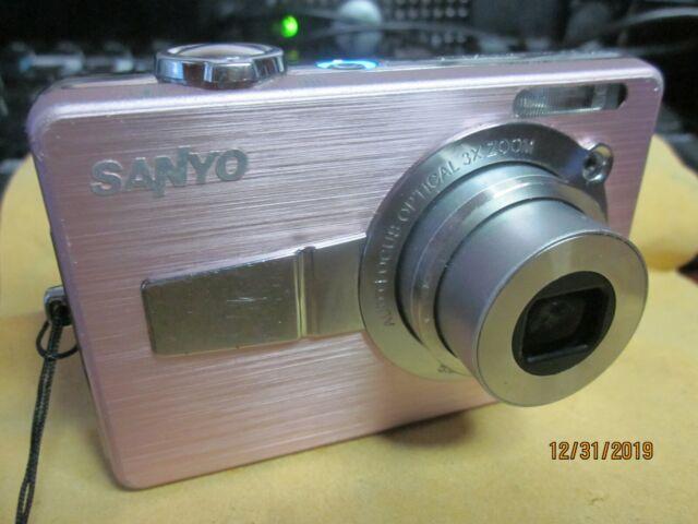 Lexerd Dual Pack Bundle Compatible with Sanyo Xacti VPC-C6 TrueVue Anti Glare Digital Camcorder Screen Protector