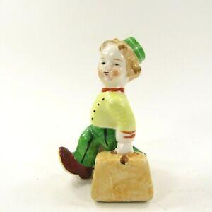 Vintage-Japan-Salt-Pepper-Shaker-Bellhop-Porter-w-Suitcase-Bags-Green-4-5-034-tall