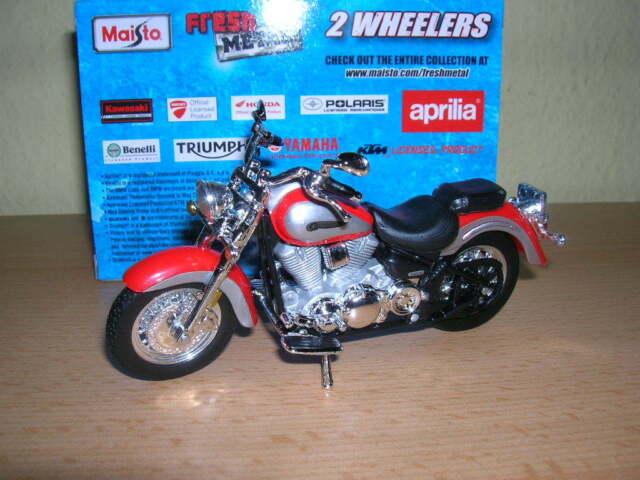 Maisto Yamaha Road Star rot silber, 1:18 Motorrad Moto Motorbike