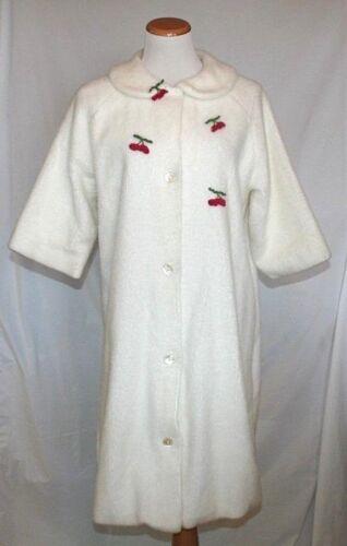 Vintage Womens Flobert Robe Small White Fuzzy Cher