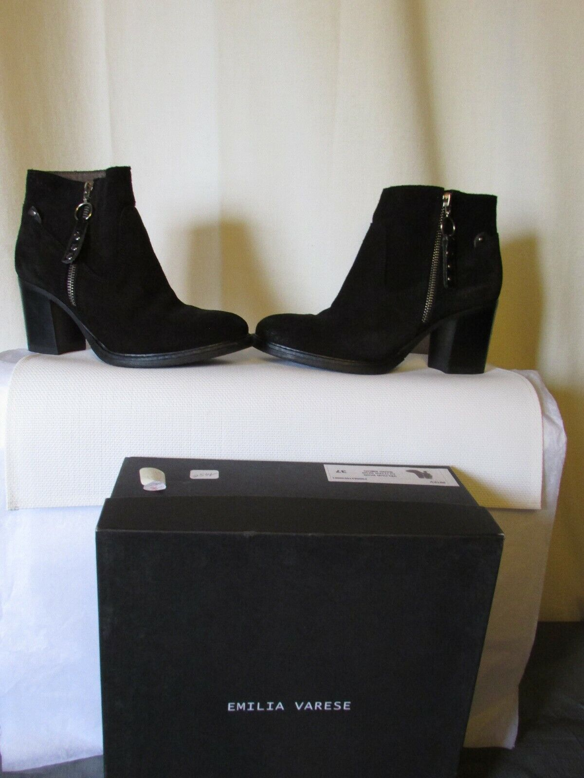 Boots bottines emilia varese daim black pointure 37