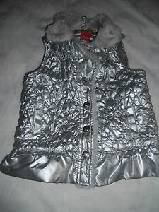 Girls-Apple-Bottoms-silver-padded-vest-with-faux-fur-collar-Size-2