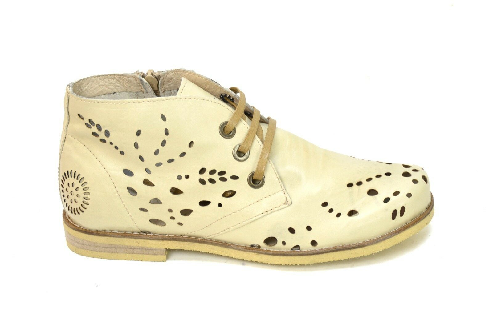 OGS Wide scarpe Angelina Tan Laser Perforated Leather Ankle stivali 3E wide