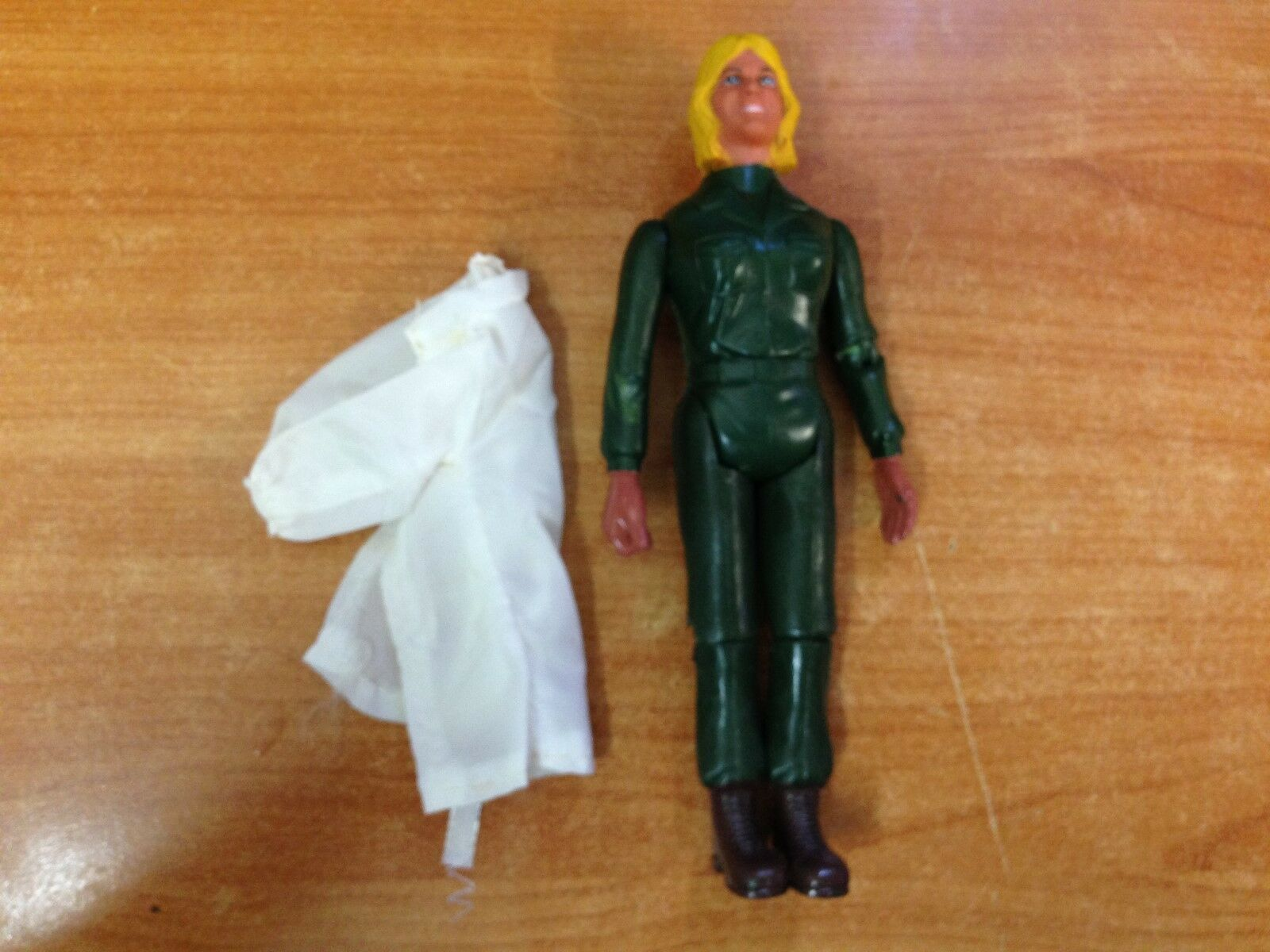 Rare Vintage 1975 MASH M.A.S.H. 9 inch Action Figure - Hot Lips