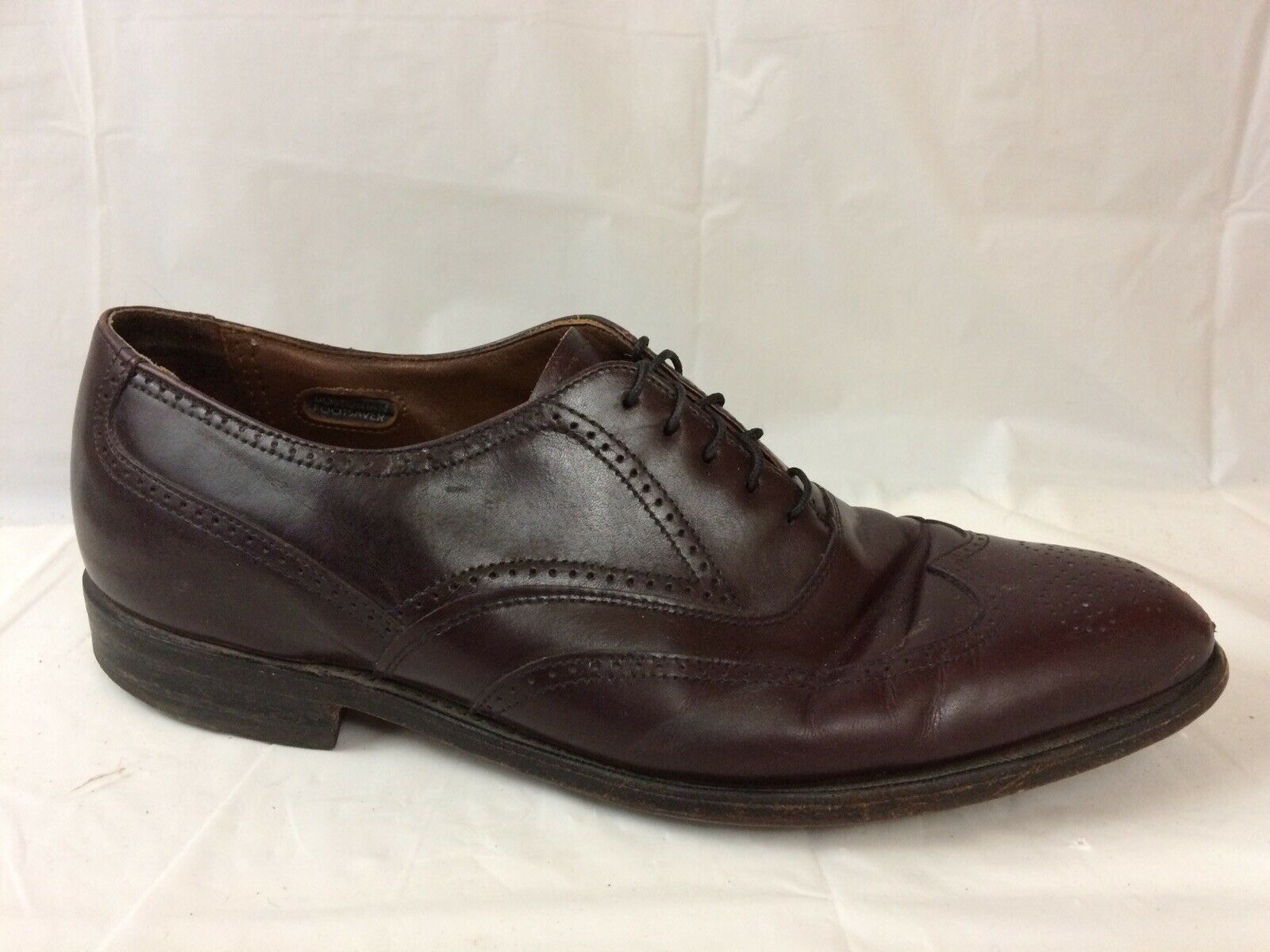 Bostonian Mens 11 E C Wide Narrow Burgundy Leather Wingtip Oxford Dress shoes USA