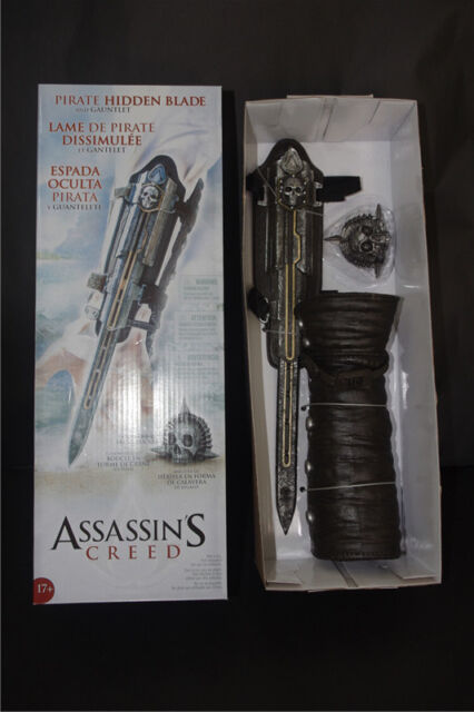 ASSASSINS CREED IV 4 BLACK FLAG PIRATE HIDDEN BLADE GAUNTLET COSPLAY REPLICA AU