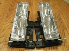 GMC SIERRA Headlights Headlamps PAIR Left & Right with NEW Bulbs 1997 1998