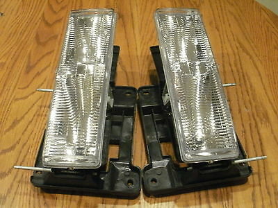 NEW gmc SUBURBAN Headlights Headlamps & NEW Bulbs 1996 1997 1998 1999 CHEVROLET