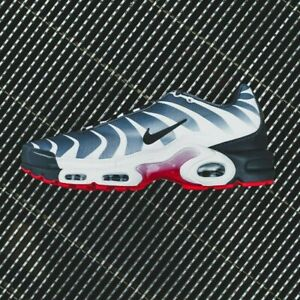 Nike Air Max Plus TN SE BEFORE THE BITE Grey White Red