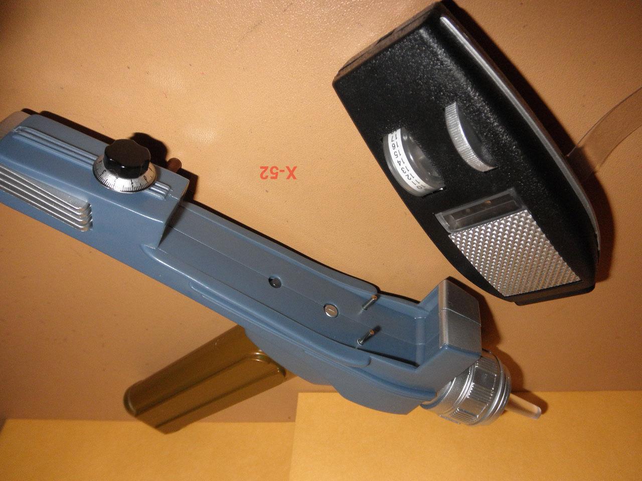 STAR TREK classic PHASER oro HANDLE VERSION toy weapon SOUND FX kirk Art Asylum