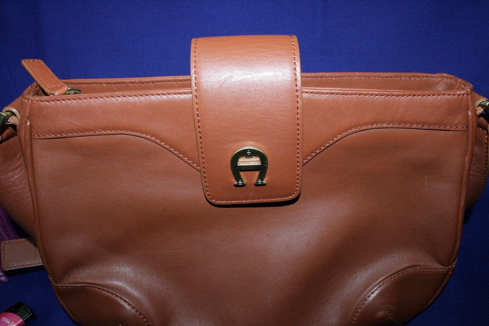 AIGNER Schultertasche  Leder Tasche Tasche Tasche Handtasche Beige  Braun   Kaufen  cbc400
