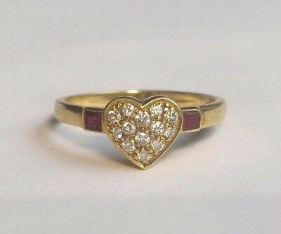 18k Yellow Gold .25 ctw Round Brilliant Diamond Ruby Pave Set Ring Size 6