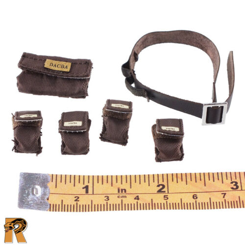 Villa Sister Flower Brown #2-1//6 Scale Very Cool Figures Belt /& Pouches