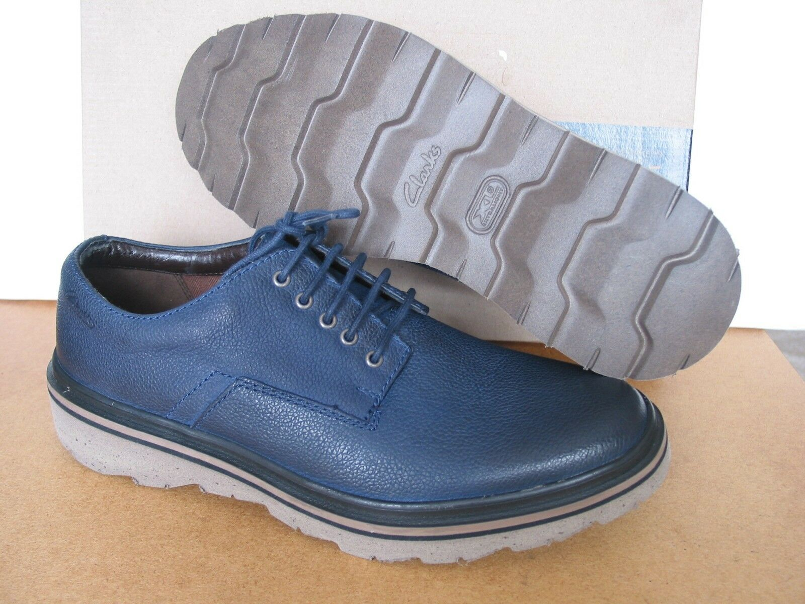 NEW CLARKS EXTRA LIGHT FRELAN WALK NAVY LEATHER SHOES SIZE 7 & 9 G FIT