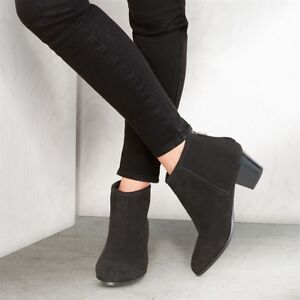 3918d2ab70a3 Image is loading AVON-Casa-Di-Rosa-Milazo-Suede-Ankle-Boots-