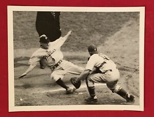1944-Phila-Phillies-vs-Brooklyn-Dodgers-Press-Photo-Old-Early-Vintage-Wire-1940s