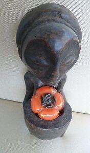 Afrikanische-Figur-sitzende-Frau-Kongo-vor-1996-Unikat