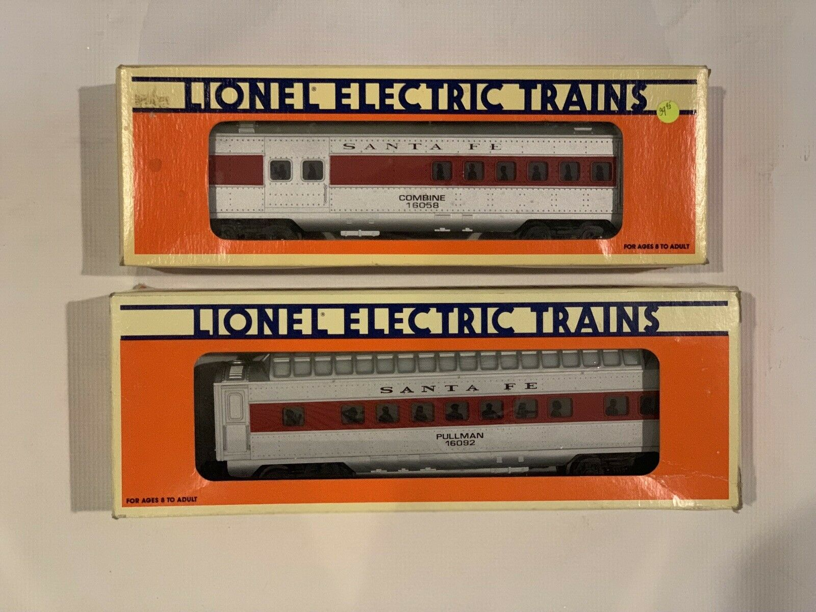 Lionel Electric Santa Fe Trains Set Of 2 In Boxes
