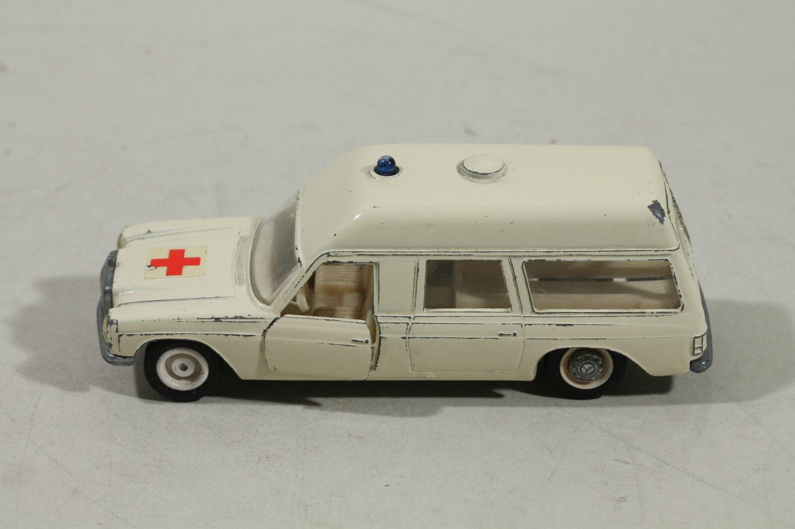 SIKU V 306 Binz-Europ 1200L Krankenwagen  | Perfekte Verarbeitung