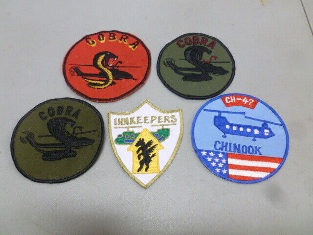 Assortiment de 5 MILITAIRES patches lot 504