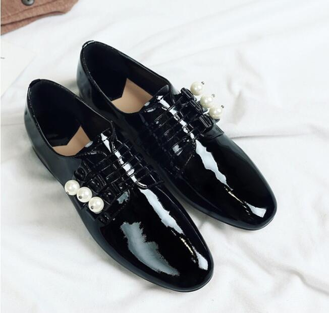 Womens Trendy Round Toe Pearls Decor Oxford Shoes Collegiate Leather Shoes