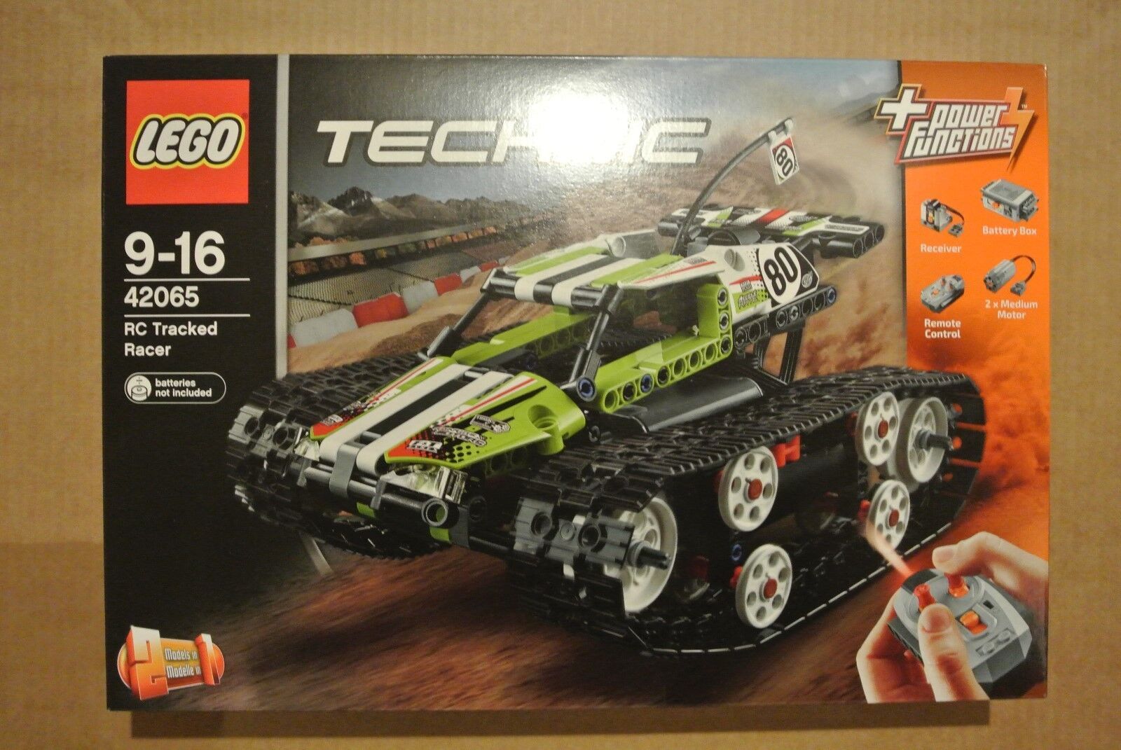 Lego Technic 42065 - RC Tracked Racer - POWER FUNCTIONS   - BRAND NEW