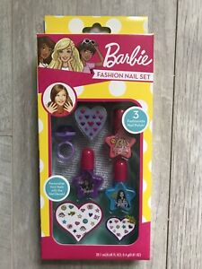 Barbie-Fashion-Nail-Set