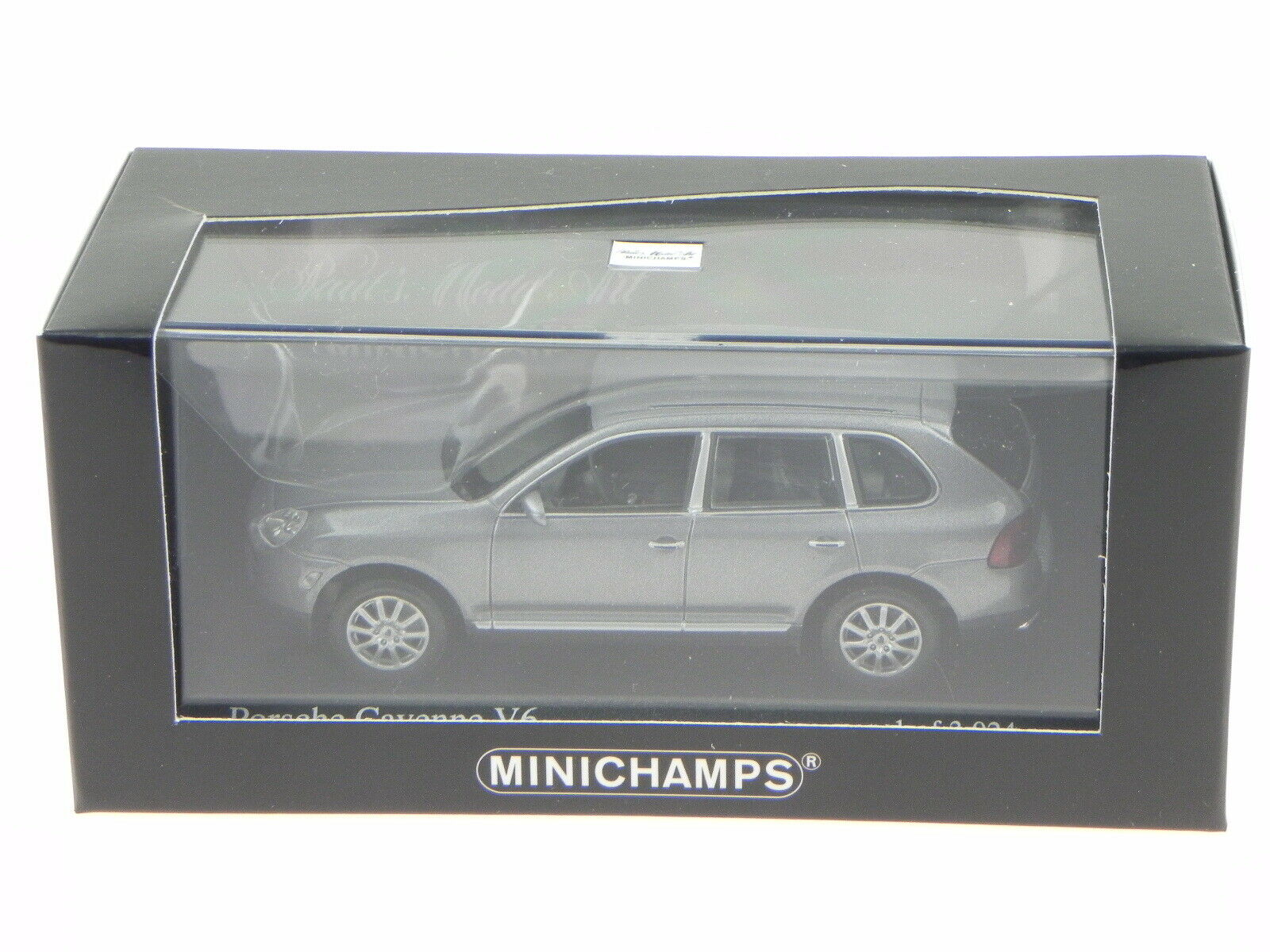 2002 Porsche Cayenne V6 Diecast Model Car Minichamps 400061010
